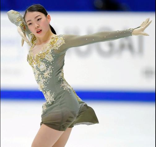紀平梨花、ワンピースの衣装、デザイン新調!フィギュアスケート衣装デザイナーは?